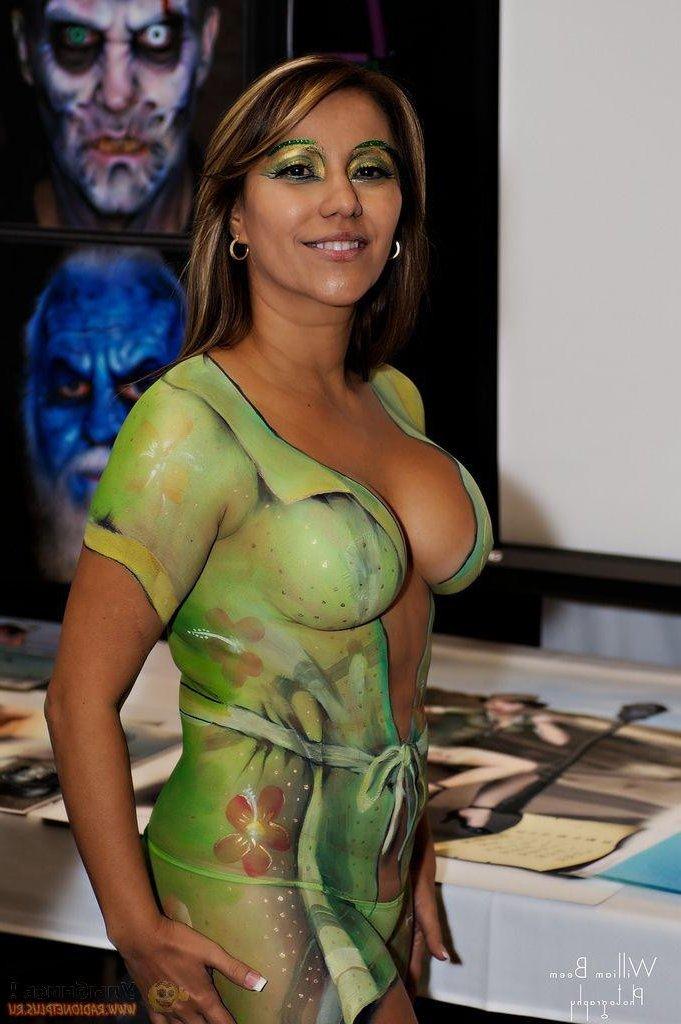 Body Paint Boobs