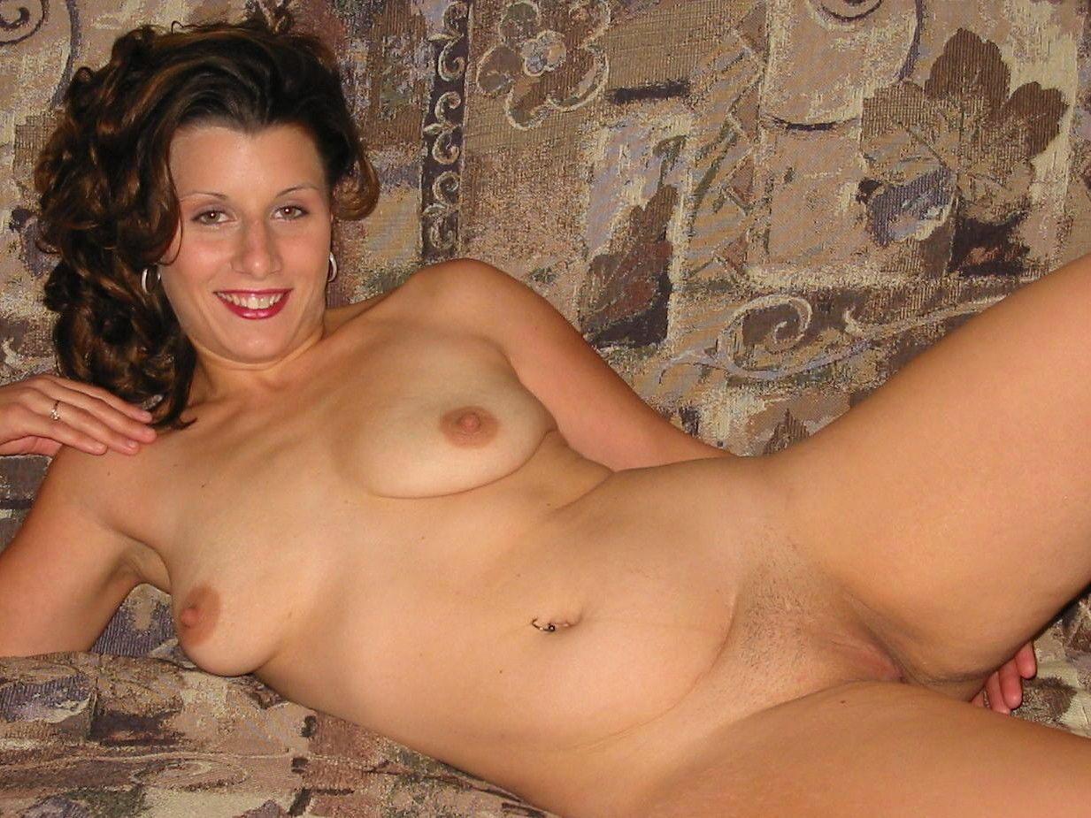 Фото голых домохозяек частное, Частные порно фото - Отчаянные домохозяйки 10 фотография