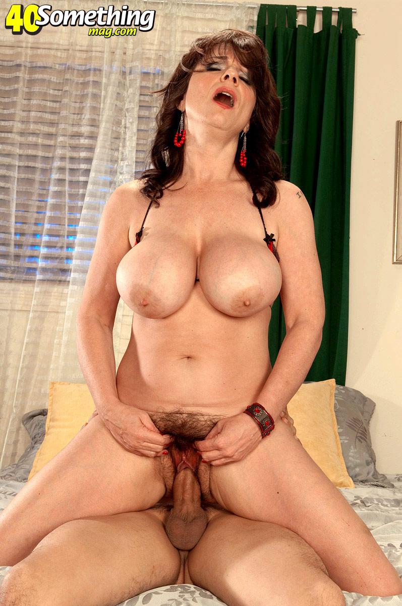 Секс порно с тетя с большими сиськами мне