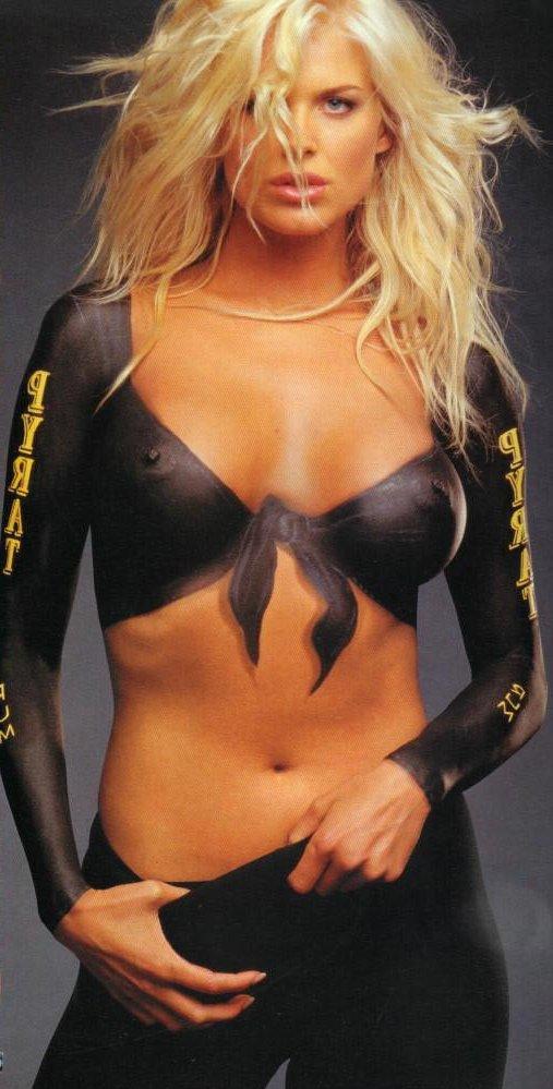 foto-blondinki-bodiart-gimnastki-sperma-kategorii