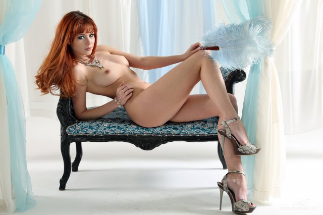 fotooboi-dlya-rabochego-stola-pornofoto-zasnyal-seks-v-tualete-kluba-onlayn